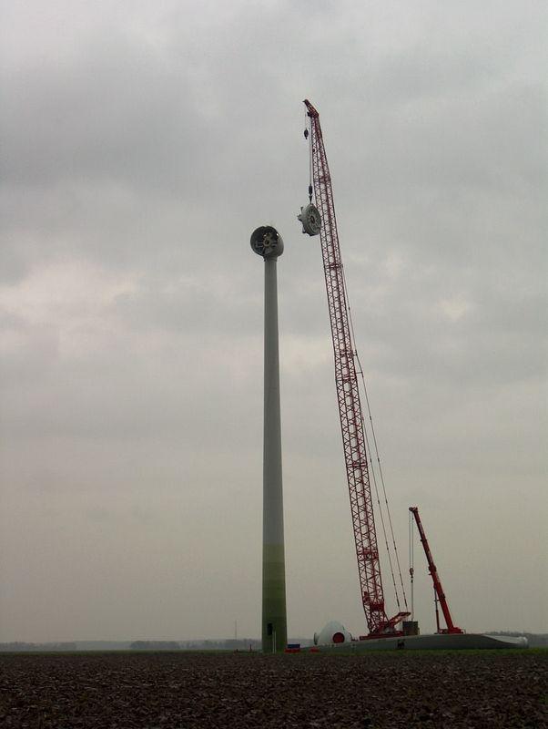 De bouw van een windturbine