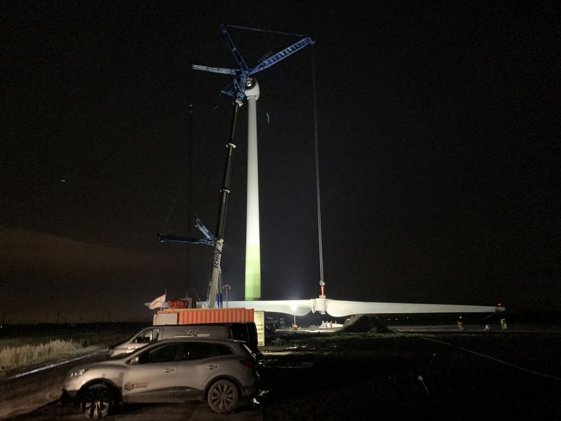 15 november 2019; Wieken windmolen 7 gemonteerd